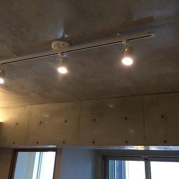 照明も雰囲気出てます。※写真は5階の同間取り別部屋のものです