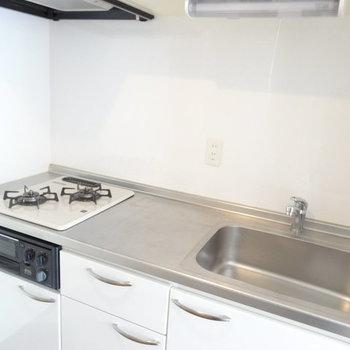 調理場スペースもしっかりありました。※写真は2階同間取り別部屋のものです