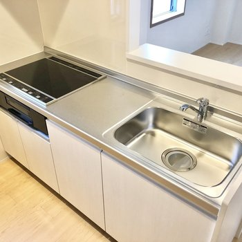 【LDK】3口のIHコンロはお料理も捗ってお掃除もしやすい!