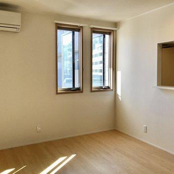 【LDK】13.4帖の広さです。※写真は3階の同間取り別部屋のものです