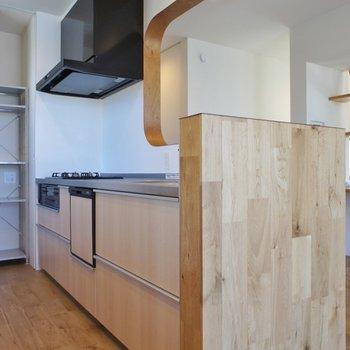 ゆったりとしたキッチンスペースが嬉しい!
