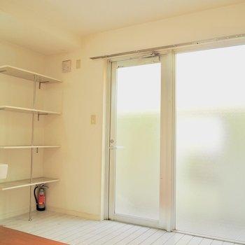 シースルーな玄関と玄関収納