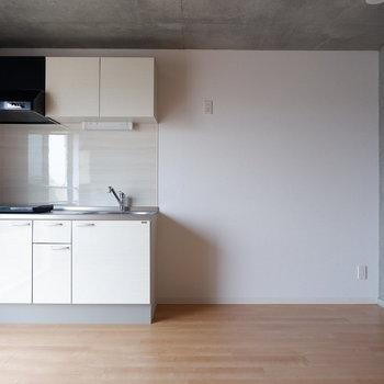キッチン横のスペースが充実しています。