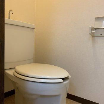 【工事前】トイレも交換しますよ!