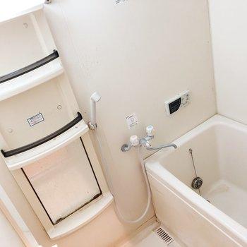 お風呂グッズが多い人でも安心の収納※写真はクリーニング前のものです