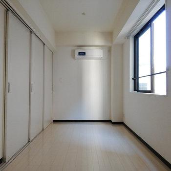 完全に閉めきることもできます※写真は3階の同間取り別部屋のものです
