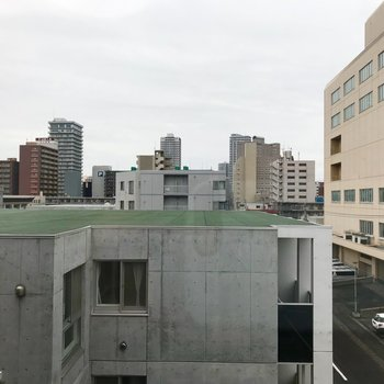 4階からの眺望です〜!