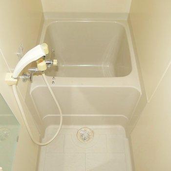 たまにはお湯を張って浴槽につかってみて◎