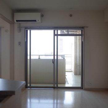 エアコンちゃんと付いてます※写真は7階の反転間取り別部屋のものです