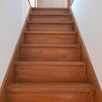 2階へまいりましょう〜