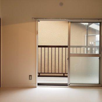 【洋室③】ベッドは窓側に。