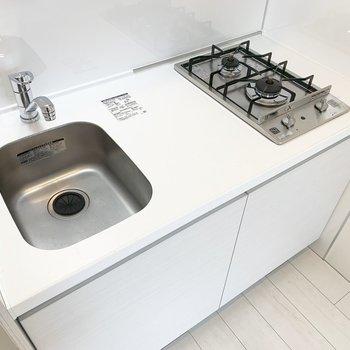 キッチンは一人暮らしにはちょうどいいサイズ。