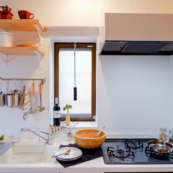 三口コンロで調理もしやすいですよ。