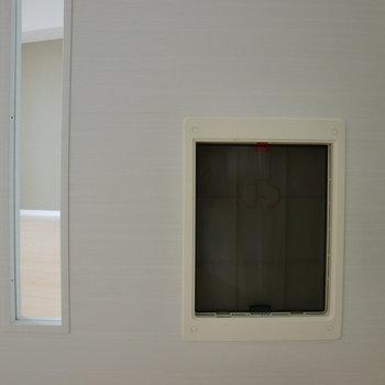 ペットちゃんの出入り口♪※写真は10階の同間取り別部屋のものです