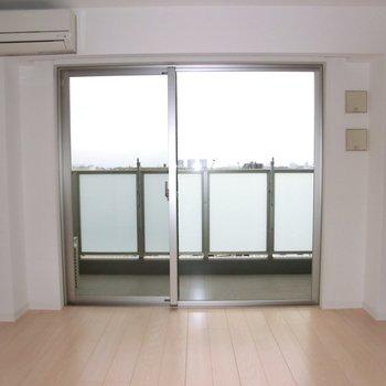 窓も大きくて開放感たまりません ※写真は10階の同間取り別部屋のものです