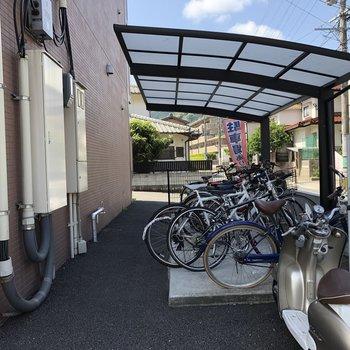 駐輪場もあるので、駅まで自転車でいけますね!