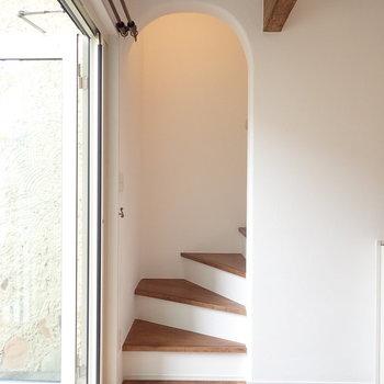 では2階へ上がりましょう。