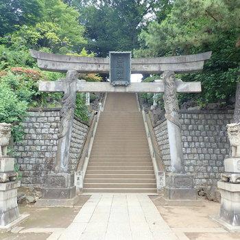 【おまけ】お隣には新東京百景のひとつ、品川神社がありました。