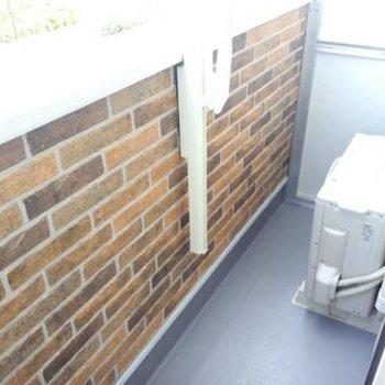 コンパクトです。※写真は2階の同間取り別部屋のものです