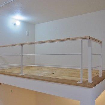 3帖のロフト。※写真は1階の同間取り別部屋のものです