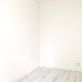 とってもコンパクトな洋室!