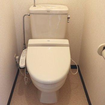 落ち着けそうな個室トイレ