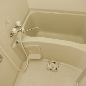 ゆっくりお湯をためてお風呂にはいろう◎