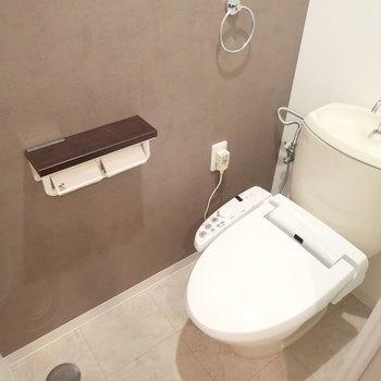 トイレは落ち着いた雰囲気に