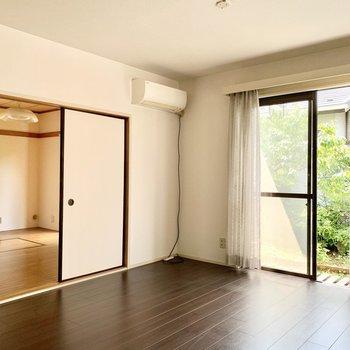 あちらの和室はフローリングにリフォームされていました。