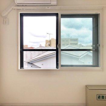 防音室は3重窓になっています