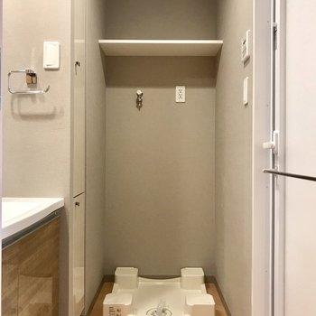 サニタリーへ※写真は9階の同間取り別部屋のものです