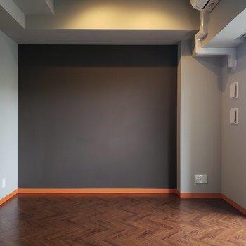 ブラッドオレンジなクールさ。※写真は5階の同間取り別部屋のものです