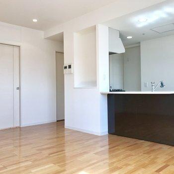 開放感のあるキッチン!部屋の様子が見渡せていい!※写真は前回募集時のものです