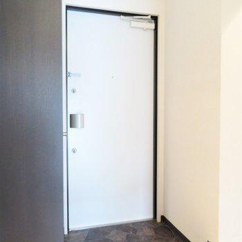 玄関も広いですしシューズボックスもしっかり