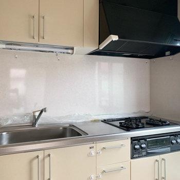 【キッチン】3口ガスの本格派キッチン