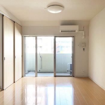 開けておいて、リビングと1つのお部屋として使うのもいいなあ。