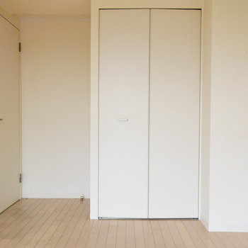 こちらは洋室です