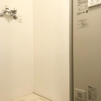 洗濯機置き場ももちろん!大きな洗濯機も置けそうです!
