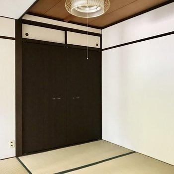 このモダンな雰囲気の和室だったら挑戦したくなりますよね!