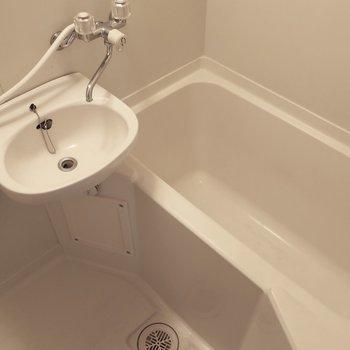2点ユニットでコンパクト。ながら掃除できるからキレイを保てそう♩ (※写真は5階同間取り別部屋のものです)