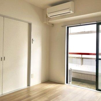 【dk】洋室は引き戸を閉めれば区切ることが出来ます。
