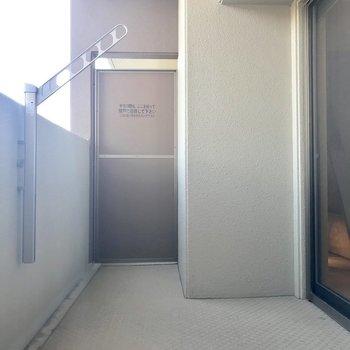 ベランダの広さ!伝わります!?※写真は9階の同間取り別部屋、モデルルームのものです