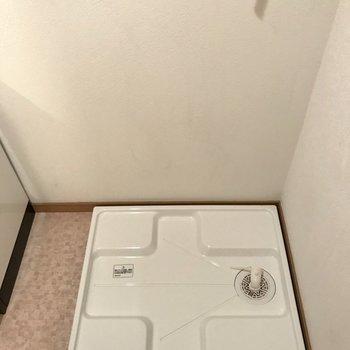 洗濯機も脱衣所に置けますよ〜※写真は3階の反転間取り別部屋、一部工事中のものです
