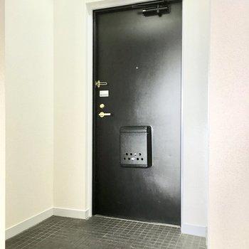 玄関はゆったりしてます。