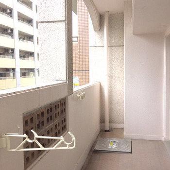 長さ奥行き共に満足のいく広さ ※写真は5階の同間取り別部屋のものです