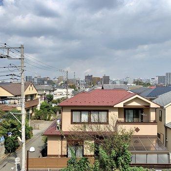 住宅街が見渡せます。