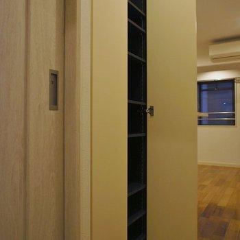 ちょっとした収納♩※写真は同タイプの別室。