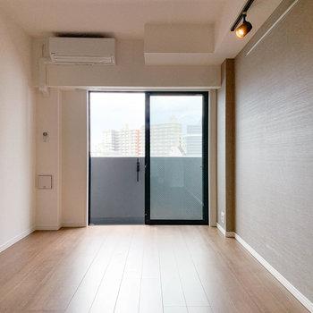 眺望が抜けてて気持ちがいい。※写真は6階の同間取り別部屋のものです