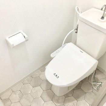 トイレはウォシュレット完備◎