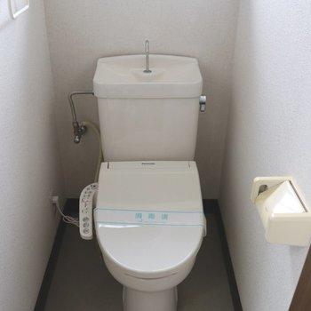 ゆったりできる個室トイレ